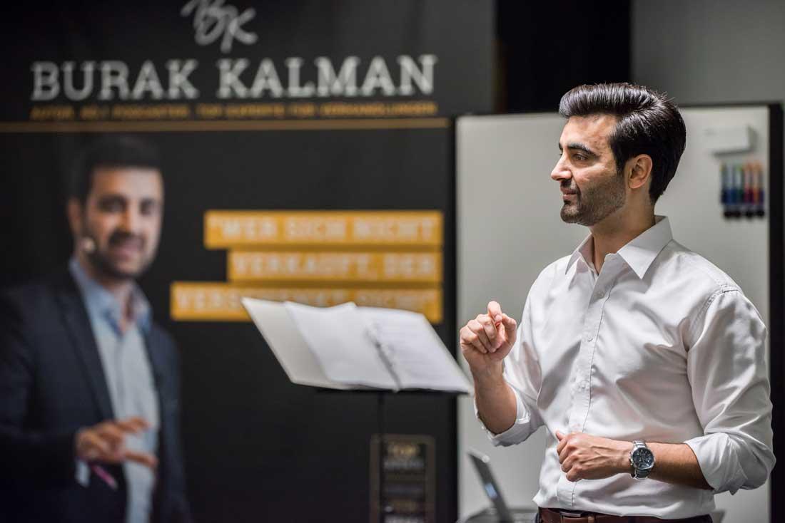burak-kalman-rhetorik-training-coaching-verhandlungsstrategie-berufscoach-online